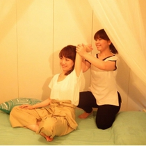 Weekday and women limited] Traditional Thai Massage 60 minutes + Scalp Care 20 minutes | salon de vita (Salon de Vita) | Last-minute booking service Popcorn