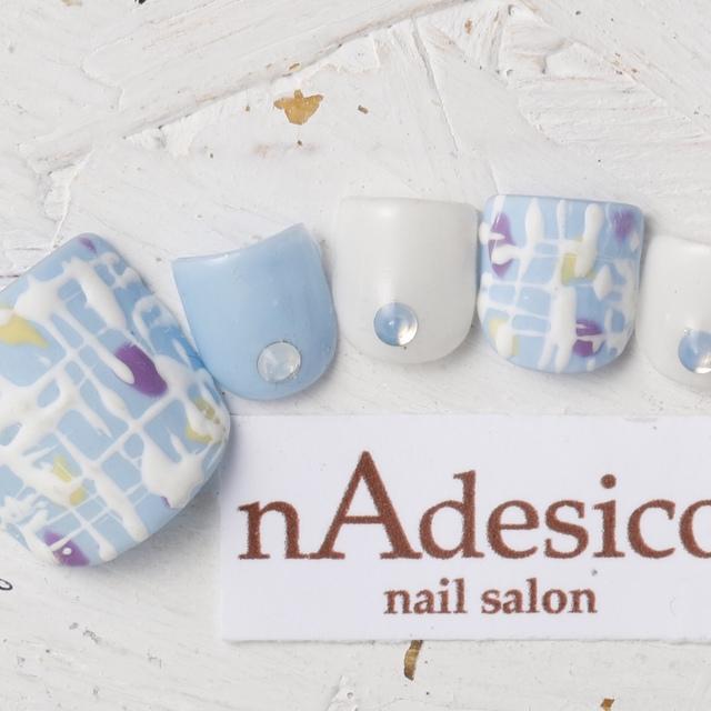 新規・オフ込み☆限定FOOT! 人気のモコモコツイードネイル | nAdesico nail salon (なでしこネイルサロン) | 当日予約・直前予約 ポップコーン