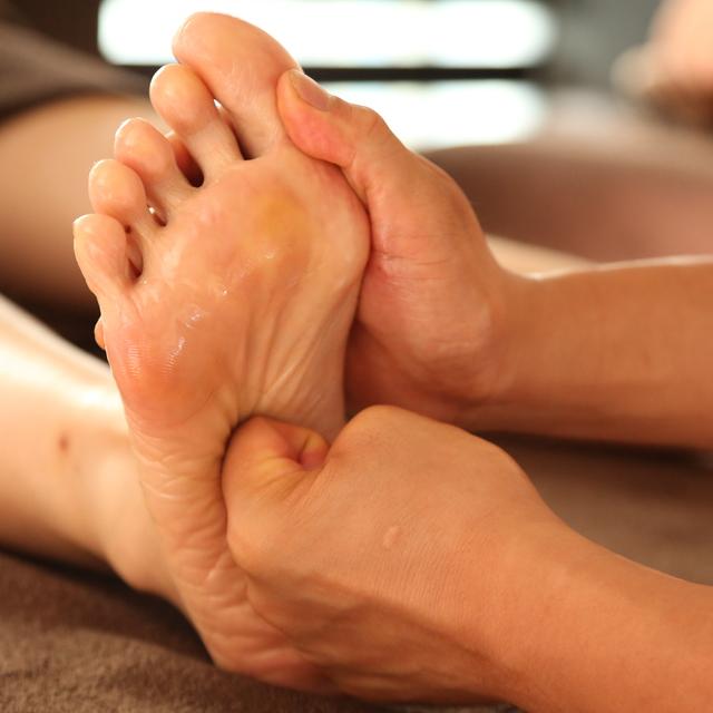 お好きな組み合わせを♪足or体or足と角質・タコケアの組合せor足と体の組合せ70分コース | 烏蘭(ウーラン) 銀座店 | 当日予約・直前予約 ポップコーン