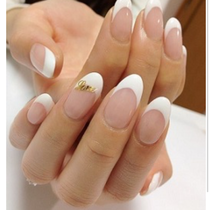 Off None / Keakomi] Supikawakosu ☆ One color Ramegura French, reverse French and diagonal French ♪ | Nail Salon 10 Diary (Ten Diary) | Last-minute booking service Popcorn