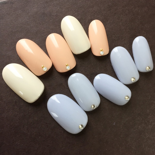 Simple nail 【French or one color】 + 10 stones or lame line | Kain (Cain) [nail] Meguro Station walk 30 seconds | Last-minute booking service Popcorn