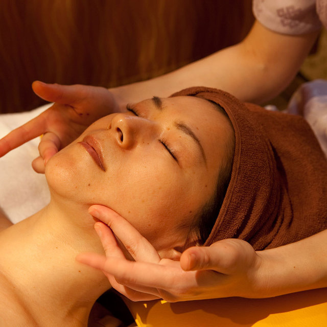 "60 minutes ""facial"" Face course ★ ¥ 5980 