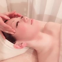 [女性専用]毛穴レス&透明感UPフェイシャル☆陶器のような素肌へ♪ | ヒプノリラクサロンLUCENT (ルーセント) | 当日予約・直前予約 ポップコーン