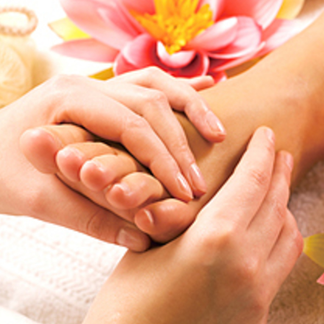 Sole horny care 30 minutes + reflexology 30 minutes [a total of 60 minutes] | Linn Ebisu -natural healing salon- | Last-minute booking service Popcorn