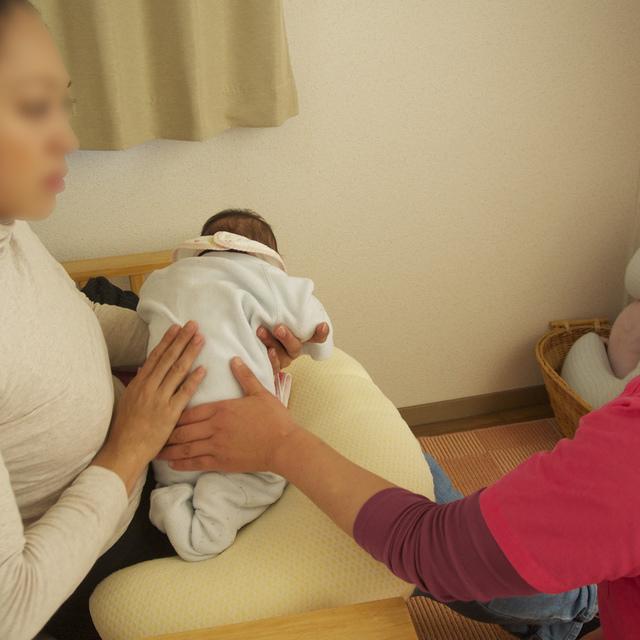 (募集再開♪)母乳で育てたいママにおススメ!! 母乳育児サポートパック(マッサージと授乳指導6回付)