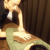 [New] spine and those who distortion of the pelvis is anxious ♪ posture improvement 60 minutes skeleton, pelvis adjustment and manipulative stretch | Raffyres Shinjuku branch | Last-minute booking service Popcorn