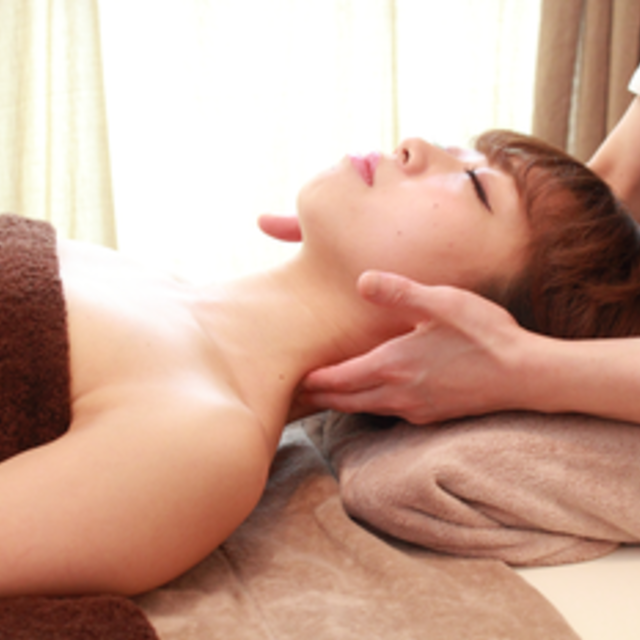★ New 30 minutes ★ Face Small face (from the top of the towel) Sagging · Elasticity · Headache · Headache is the scratching of the face? | Body treatment salon aimable (Emaburu) | Last-minute booking service Popcorn