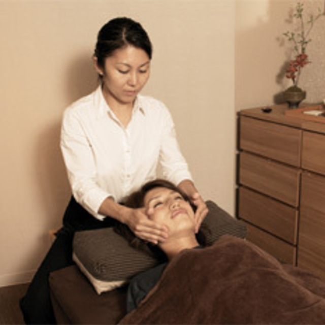 Body manipulative + Face & head 60 minutes Course | Massage bodywork Council NAGOMI and Ginza | Last-minute booking service Popcorn