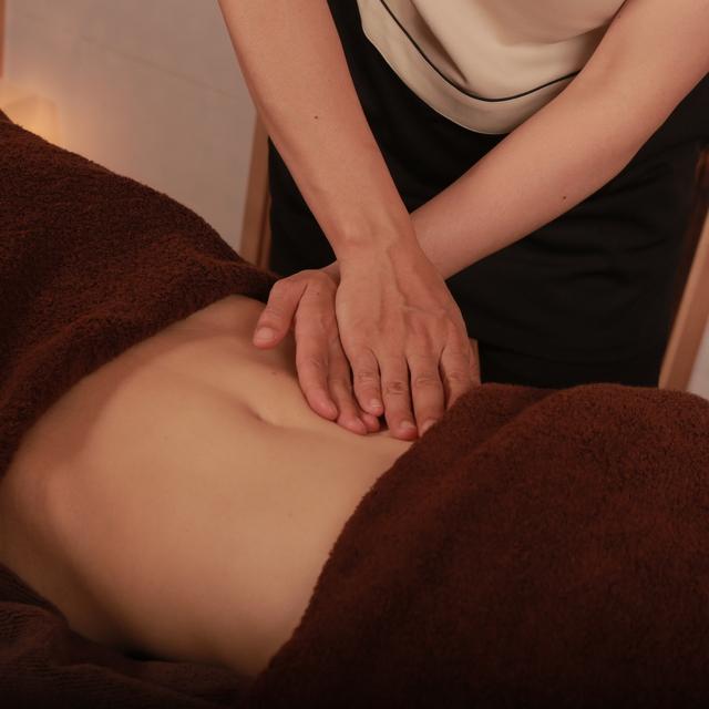 美容鍼灸+デトックスマッサージ (70分) facial acupuncture and detox massage (70min)