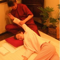 [Limited] Traditional Thai massage Nuwaboran Chai carefully 120 minutes course ♪ | Traditional Thai massage Nuwaboran Chai (Chai) | Last-minute booking service Popcorn