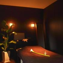 [VIP個室]エグゼクティブ リラックスコース(全身マッサージ+鍼灸治療+美容鍼エステコース+フットケア+アロマケア) | harikyu(ハリキュウ) | 当日予約・直前予約 ポップコーン