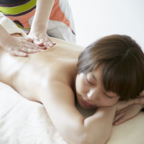 【All-hand and powerful body! 】 Detox lymphatic treatment ♡ 60 minutes + optional 20 minutes to choose | Body maintenance and Lomi Lomi shop pilina (Pirina) | Last-minute booking service Popcorn