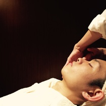 Hand facial massage | HAIR MODE KIKUCHI (hair mode Kikuchi) Ginza store | Last-minute booking service Popcorn
