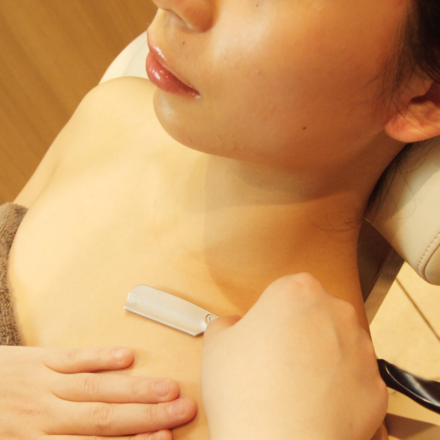Decollete, chest shaving * completely private room / women-only / Organic Cosmetics use * | Ginza shaving | Last-minute booking service Popcorn