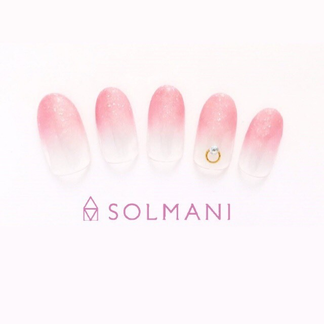 [If you do not have off] gradation nail with stone art ♪ Relaxing treatment in the private room ☆ | SOLMANI (Sorumani) | Last-minute booking service Popcorn