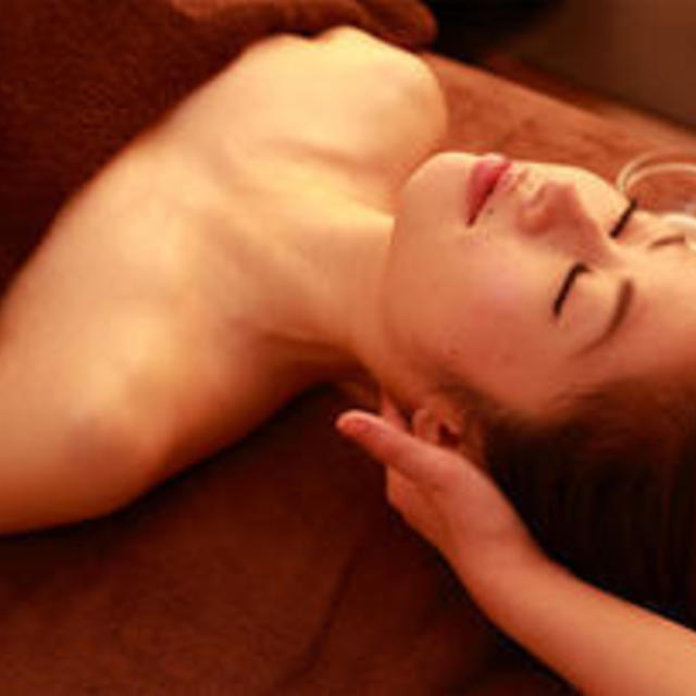 [The body making that does not lose the attraction! ! ] Extreme fatigue and aromatherapy lymphatic treatments 90 minutes ♪ to adjust the flow of blood lymph | Yume Spa (Yumesupa) | Last-minute booking service Popcorn