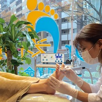 Foot activates the whole body in a pot stimulus ♪ foot reflexology (foot massage) + corn care | Doctor Nail nail revolution Fukuoka zelkova dori | Last-minute booking service Popcorn