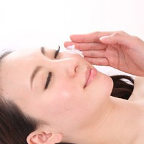 Facial acupuncture | Acupuncture Massage Institute Mimosa | Last-minute booking service Popcorn