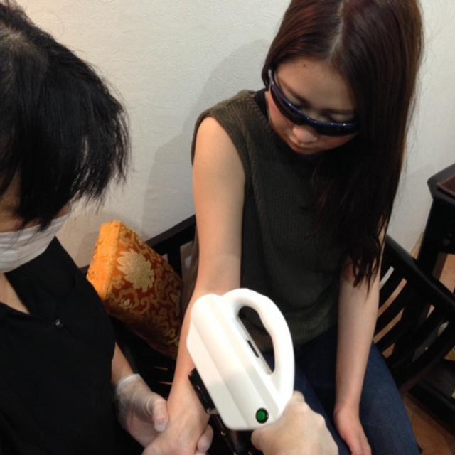 顔脱毛女性限定1回コース | アピーズリラクゼーション 麻布十番店 | 当日予約・直前予約 ポップコーン
