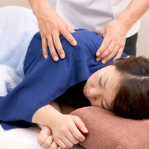 Massage 60 minutes Course (course of only massage, fatigue, disease-specific symptoms improvement of systemic | Doctor Liu acupuncture Nishi-Shinbashi Institute | Last-minute booking service Popcorn
