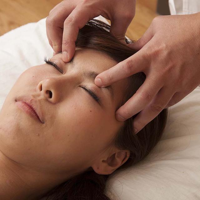 お顔を綺麗に美顔鍼 | 健真鍼灸治療院 | 当日予約・直前予約 ポップコーン