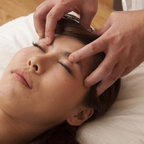Clean facial acupuncture your face | KenShin acupuncture clinic | Last-minute booking service Popcorn