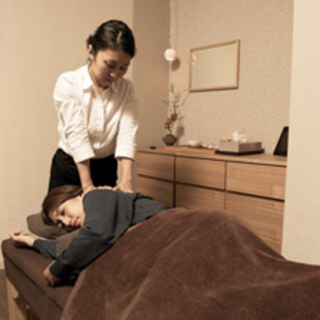 [Limited] concentration stiffness loosen body 60 minutes Course | Massage bodywork Council NAGOMI and Ginza | Last-minute booking service Popcorn