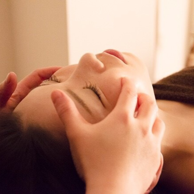 Aromatherapy Facial Treatment 60 minutes Course | Relaxation Salon Chico | Last-minute booking service Popcorn
