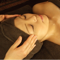 [Small face effect preeminent ★] facial decollete 50-minute course * Japanese female staff is practitioner * | Relaxation Salon Oasis (relaxation Salon Oasis) | Last-minute booking service Popcorn