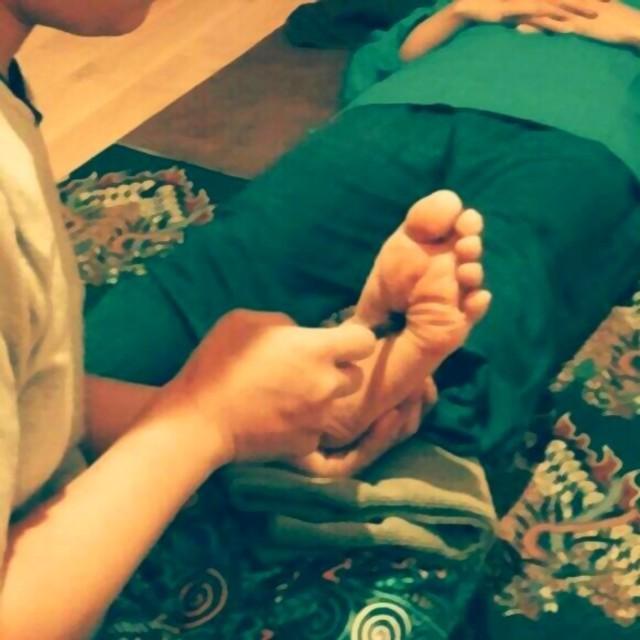 フットリフレクソロジー60分 foot massage 60 minutes 4800円