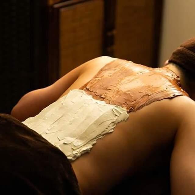 クレイセラピー 脊柱、背中(クレイ足湯付き)