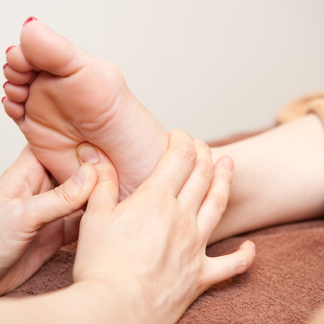[Tired elimination of the foot] sole reflexology [30 minutes] | Linn Ebisu -natural healing salon- | Last-minute booking service Popcorn