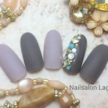 [新規・オフ込]♡マットコーティング仕上げ♡スタッズネイル | Nail&Relax Laguna (ネイル&リラックス ラグーナ)-Nail- | 当日予約・直前予約 ポップコーン