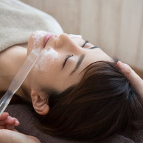 "[All / women-only] beauty osteopathic achieve a small face course + facial lymph + carbonic acid gas pack ☆ -10-year-old skin ♪ | Petit pas (Petipa) ""women-only salon"" 
