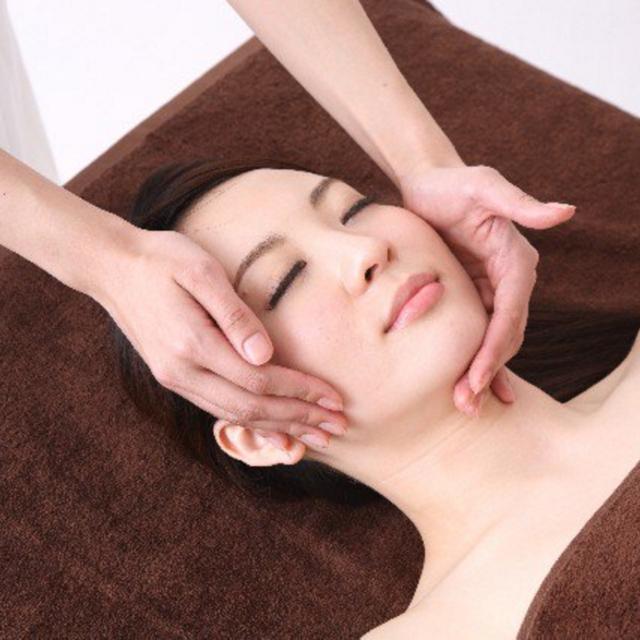 [60-minute course] facial ◇ please feel the Basic Course / basic care + edema resolved lift up ♪ | Salon de ViVi (Salon de Bibi) - Jiyugaoka - | Last-minute booking service Popcorn