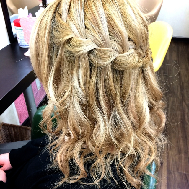 "☆ ""Water Fall + Cord Roll"" ☆ Simple cute 