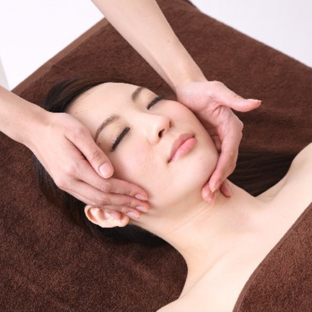 New and women limited] firmly maintenance ☆ Facial 40 minutes + Aroma Body & Legs lymph 60 minutes Course | Precious Beauty Salon | Last-minute booking service Popcorn