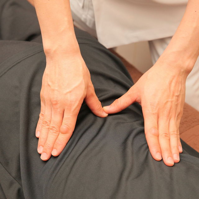 [Everyone] systemic acupressure-based chiropractic 60 minutes Course + head reflation 5 minutes course ◆ to painful chattering shoulder stiffness, lower back pain | Reflexology & salon salon calf | Last-minute booking service Popcorn