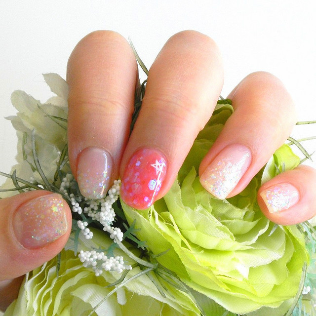 "Write a simple nail review ※ [off free in return for less than one month] when the ""fashionable FUR item"" gift 