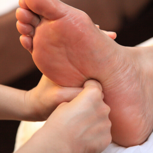 [Anyone Available] footbath with ☆ foot massage 30 minutes + manipulative 30 minutes + head massage 10 minutes (a total of 70 minutes) | Open until reward hermitage (Hobian) Sangenjaya shop ☆ at 24 ☆ | Last-minute booking service Popcorn