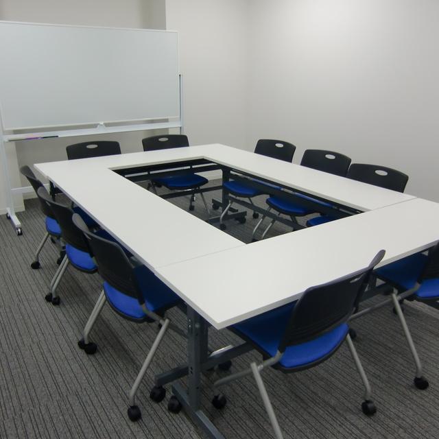 会議室(meeting room)