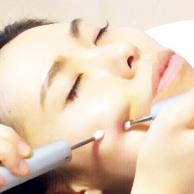Only those who got it ★ 20% off after the second time! Repelling your swollen meat! To small face! Fat dissolution course | 【Small face facial】 salon de VIENNA (Vienna) | Last-minute booking service Popcorn