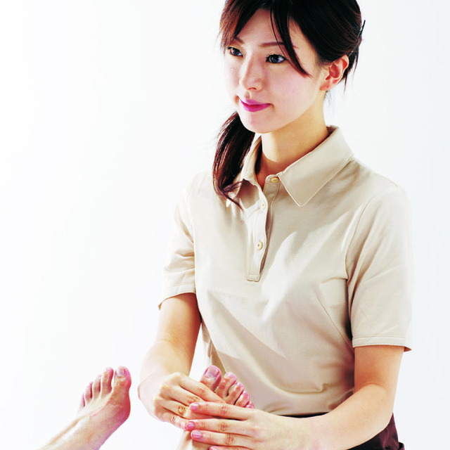 Footcare massage 50min./フットケア 50分