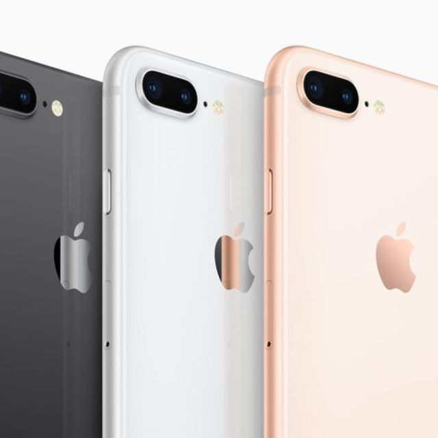 iPhone8Plus 画面修理