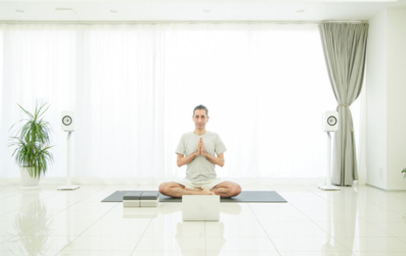 Yoga &Wellness Academyプライベートレッスン(60分)