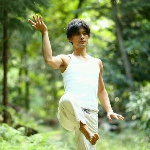 ★Workshop★空間に共鳴するYOGA〜movement resonation〜