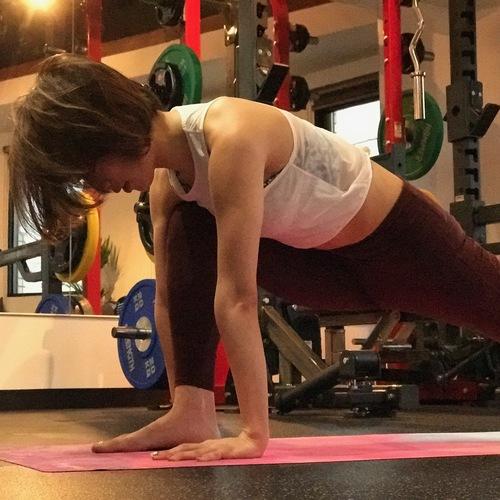 体幹ヨガトレーニング