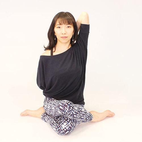リフレッシュヨガ(赤川千佳子)