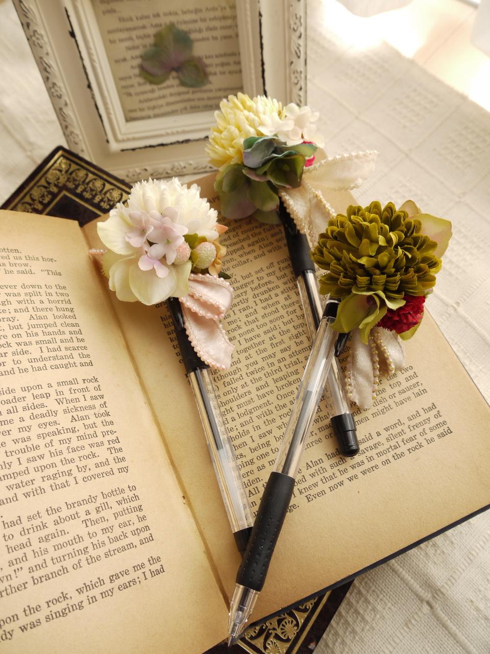 「お花のボールペン」