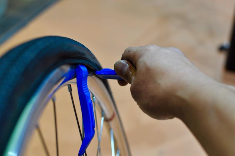 Basic01 : Tire Rescue / タイヤのトラブルを解消しましょう